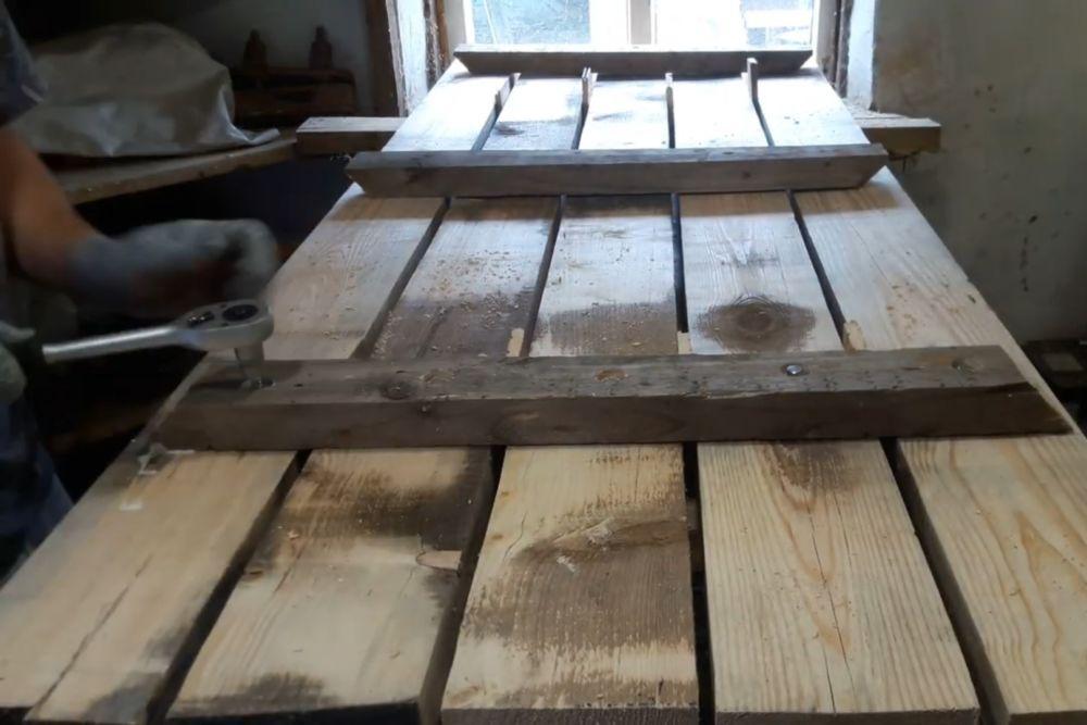 Процесс изготовления деревянного стола шаг 9