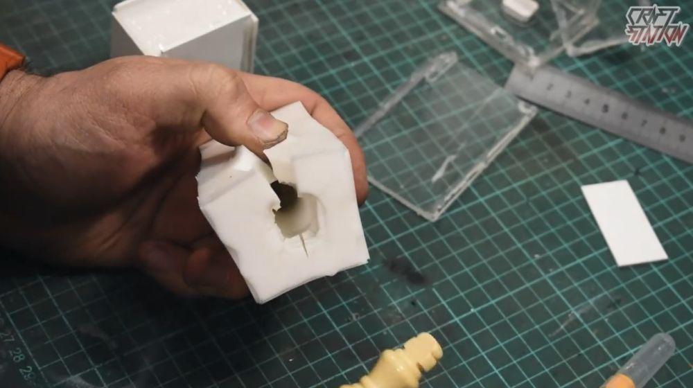 Процесс изготовления шахмат из эпоксидной смолы шаг 10