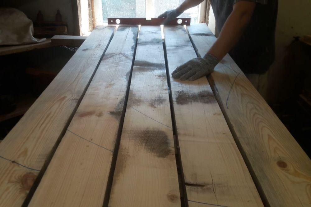 Процесс изготовления деревянного стола шаг 10