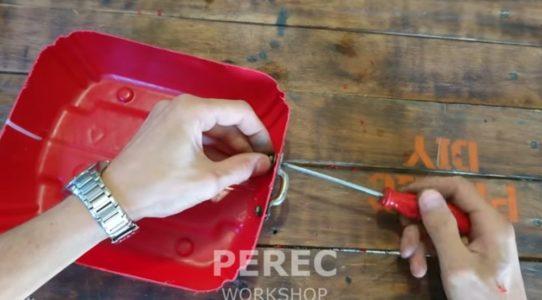Крепеж ручек на ящики