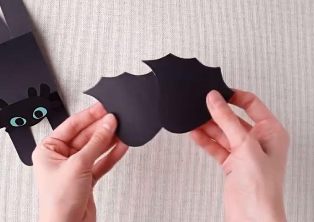 Процесс изготовления беззубика из бумаги шаг 12