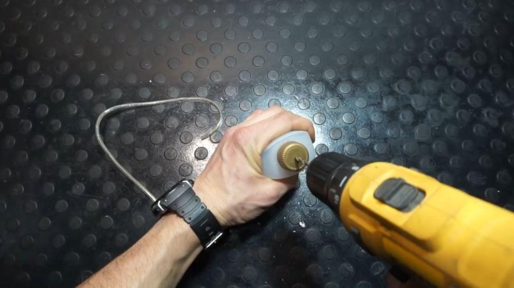 Процесс изготовления устройства для прокачки тормозов шаг 11
