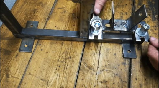 Процесс изготовления гриндера из болгарки шаг 14
