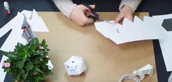 Процесс изготовления снеговика оригами шаг 13