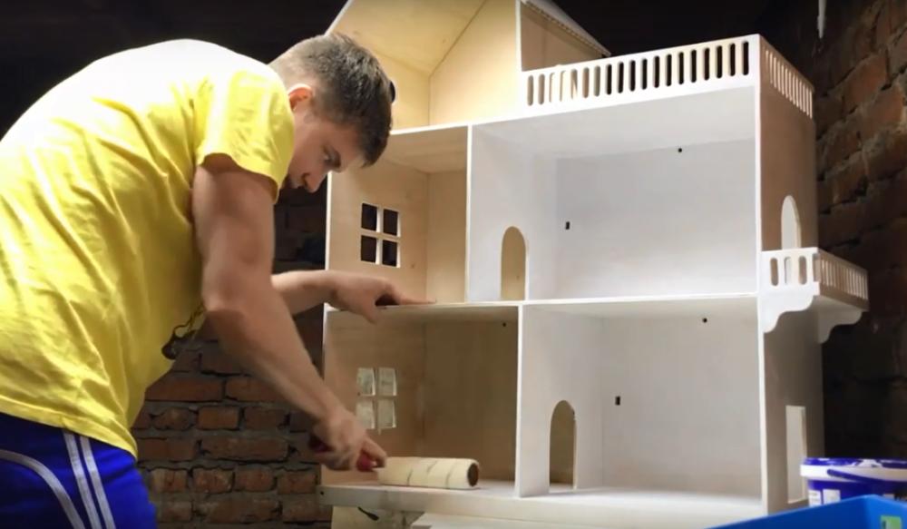 Процесс изготовления домика для барби шаг 14