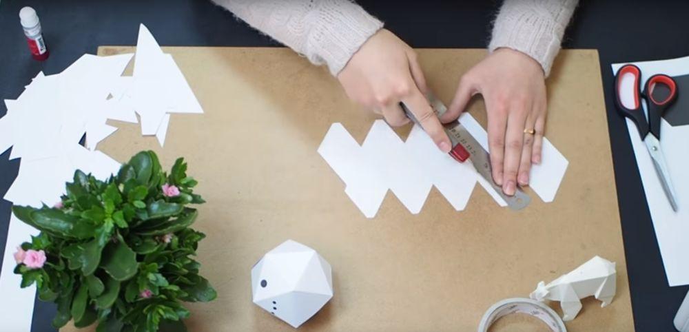 Процесс изготовления снеговика оригами шаг 14