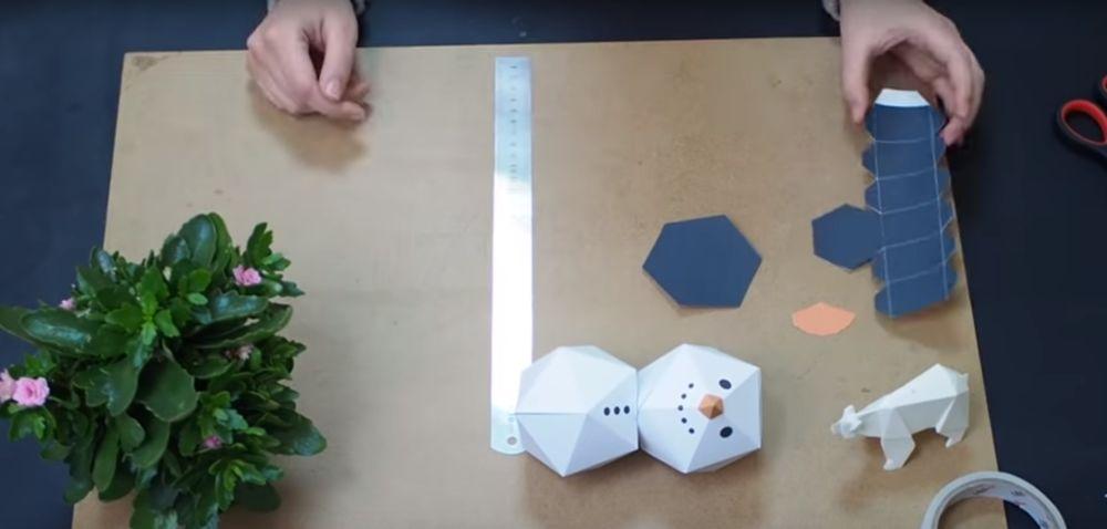 Процесс изготовления снеговика оригами шаг 16