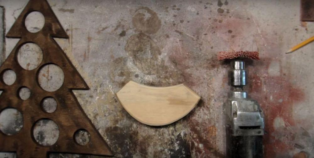 Процесс изготовления елки стимпанк шаг 16