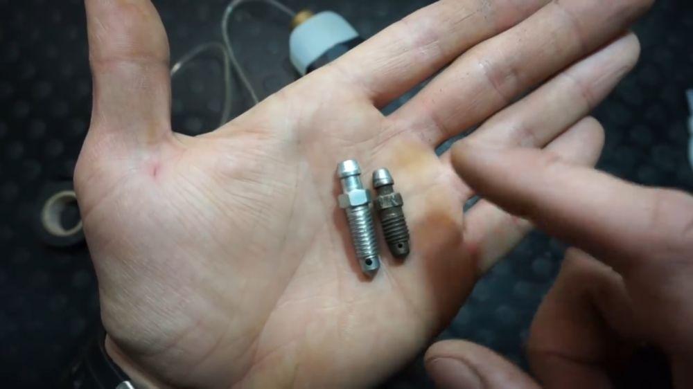 Процесс изготовления устройства для прокачки тормозов шаг 16