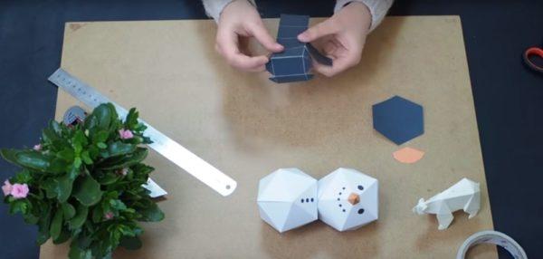 Процесс изготовления снеговика оригами шаг 18