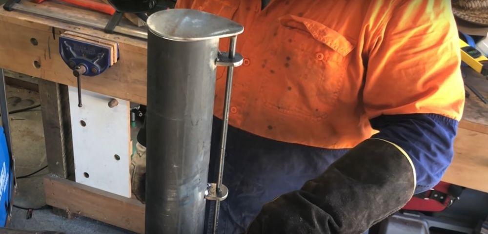 Процесс изготовления коптильни из газового баллона шаг 19