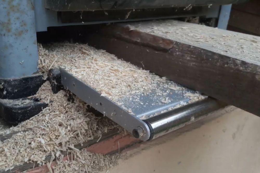 Процесс изготовления деревянного стола шаг 1