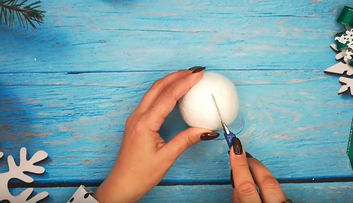 Процесс изготовления елочных шаров шаг 1