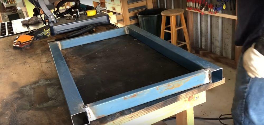 Процесс изготовления коптильни из газового баллона шаг 2