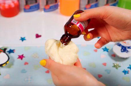 Процесс изготовления слайма из мыла шаг 20