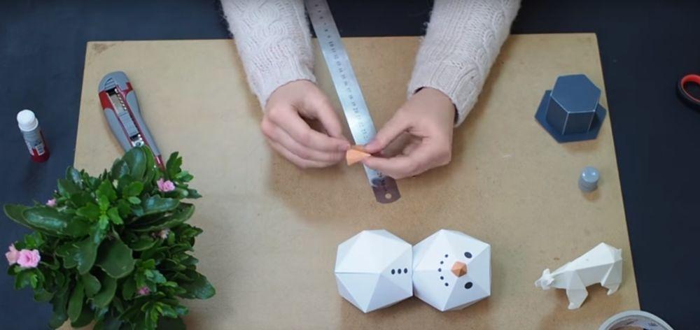 Процесс изготовления снеговика оригами шаг 20
