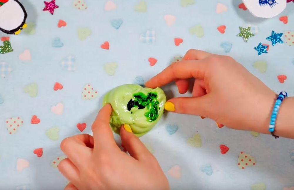Процесс изготовления слайма из мыла шаг 21