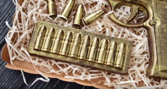 Процесс изготовления шоколадного пистолета шаг 21