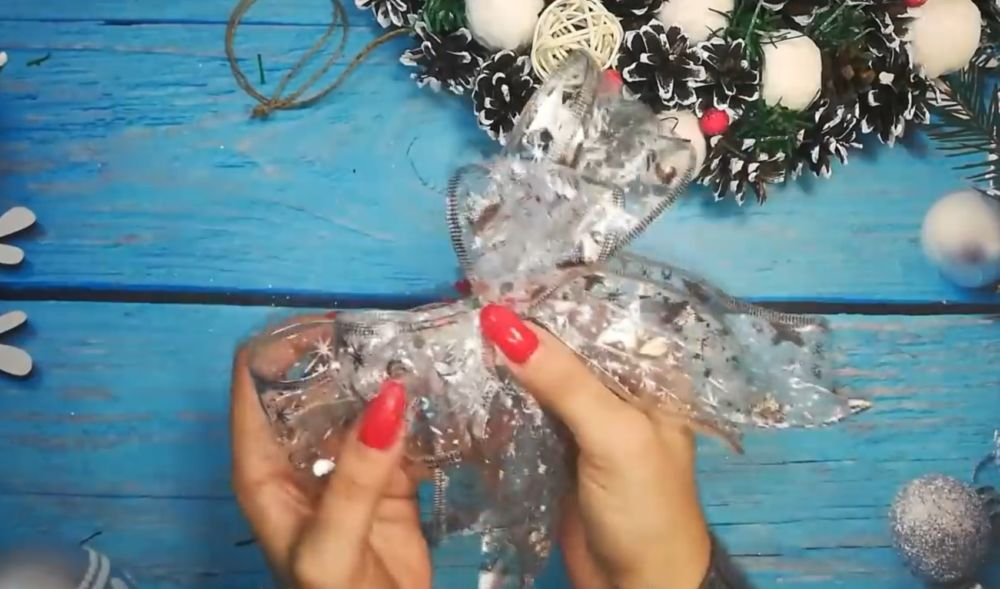 Процесс изготовления рождественского венка шаг 21