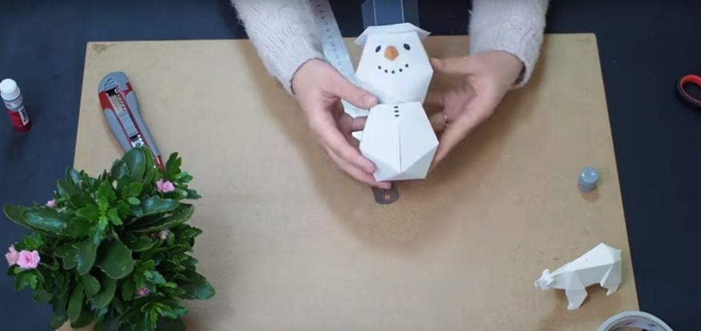 Процесс изготовления снеговика оригами шаг 22