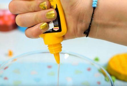 Процесс изготовления слайма из зубной пасты шаг 25