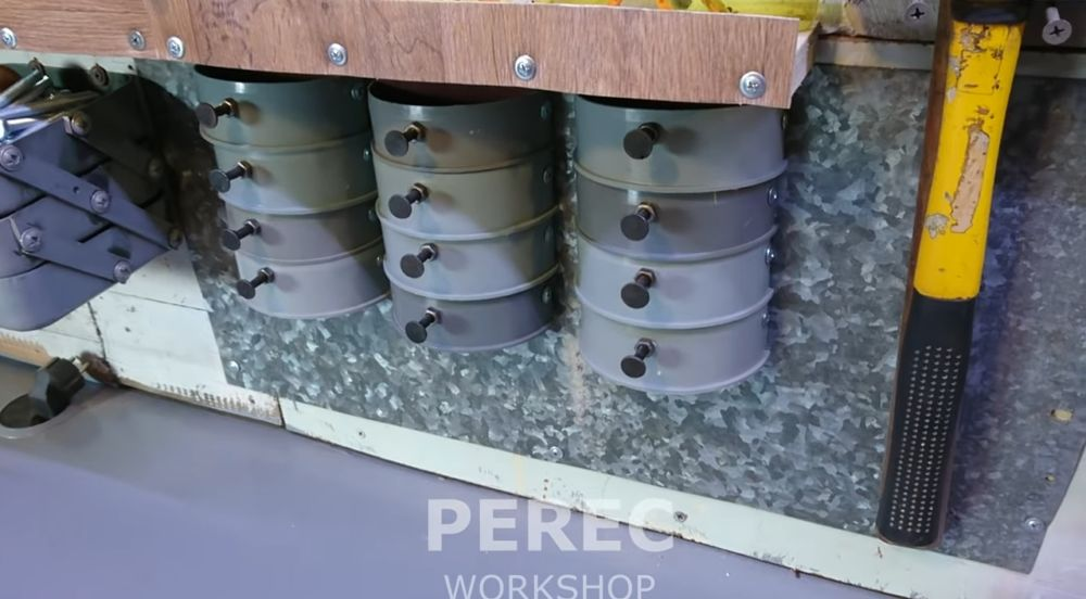 Коробки органайзера на стене