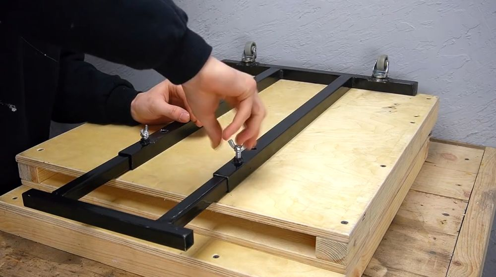 Процесс изготовления ручной бетономешалки шаг 29