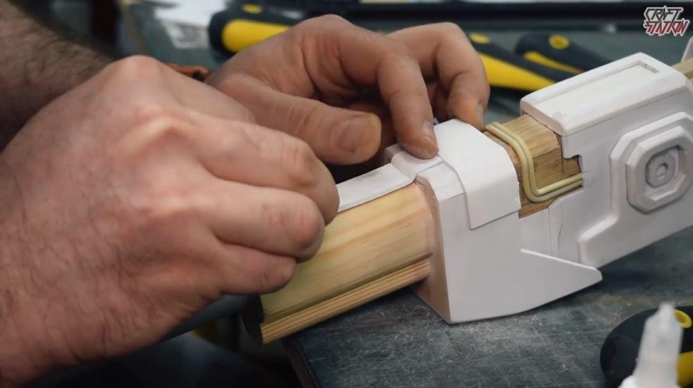Процесс изготовления винтовки мондалорца шаг 29