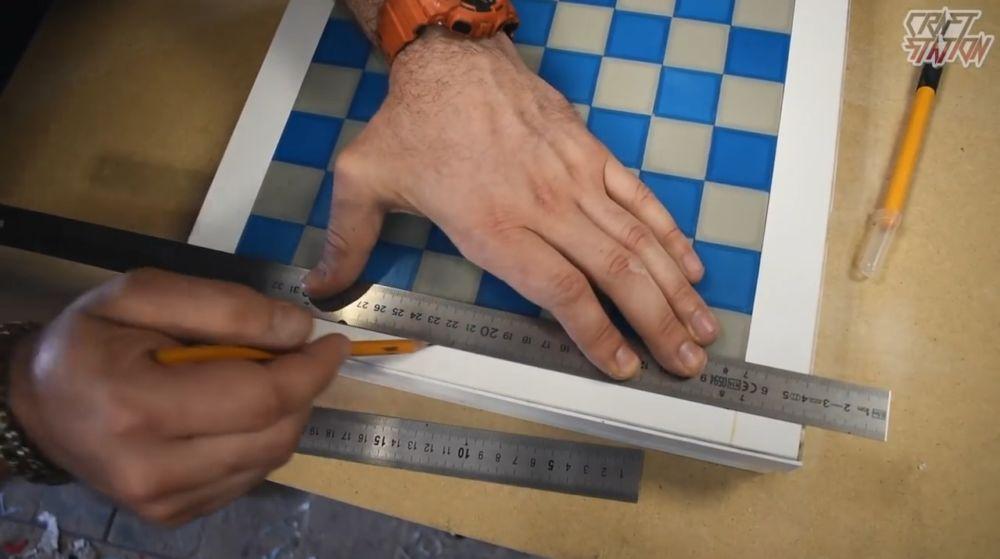 Процесс изготовления шахмат из эпоксидной смолы шаг 30