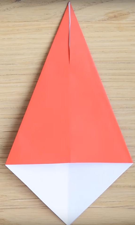 Процесс изготовления деда мороза оригами вариант 3 шаг 3