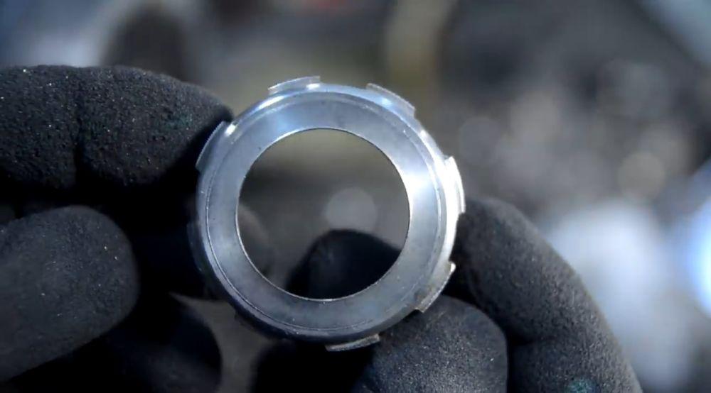 Кольцо безеля