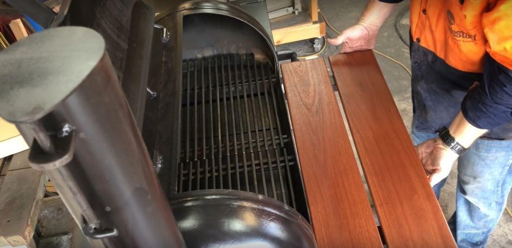 Процесс изготовления коптильни из газового баллона шаг 30