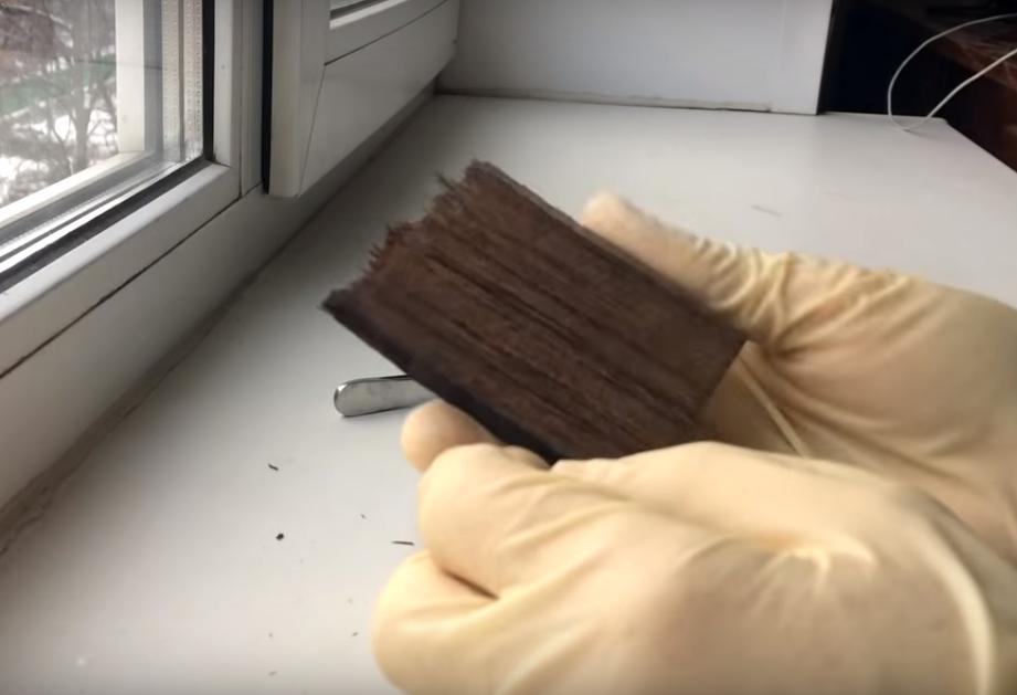 Процесс изготовления сережек из эпоксидной смолы шаг 3