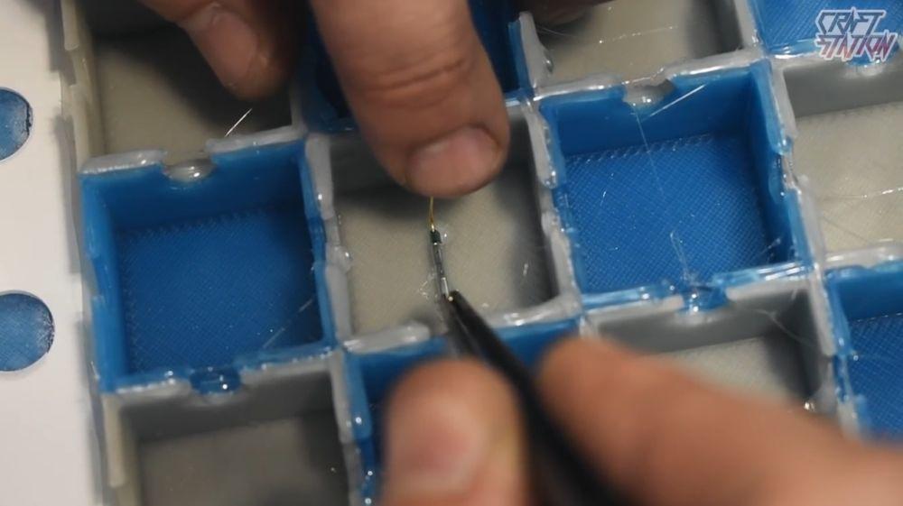 Процесс изготовления шахмат из эпоксидной смолы шаг 37