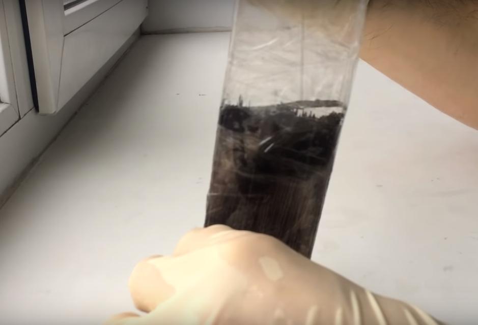 Процесс изготовления сережек из эпоксидной смолы шаг 8