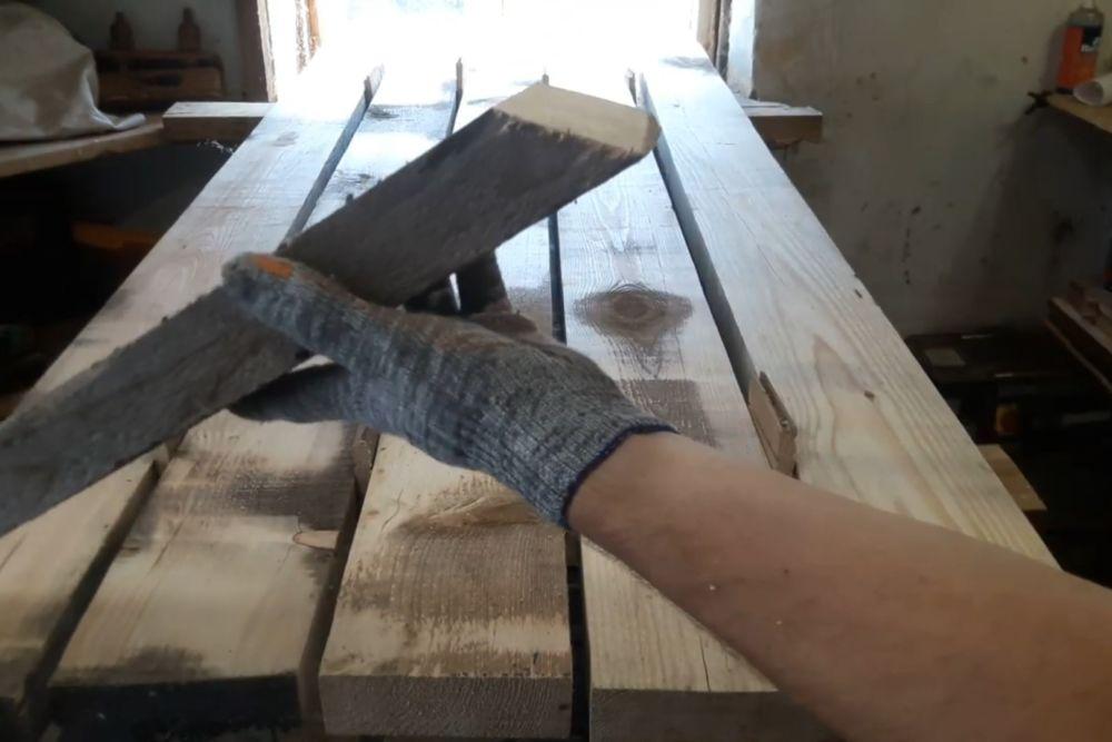 Процесс изготовления деревянного стола шаг 3