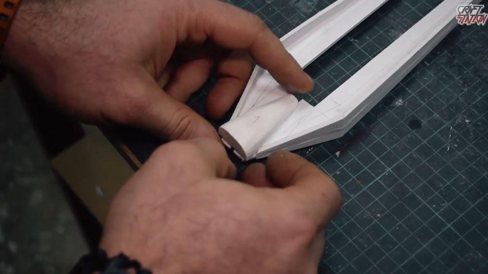 Процесс изготовления винтовки мондалорца шаг 40