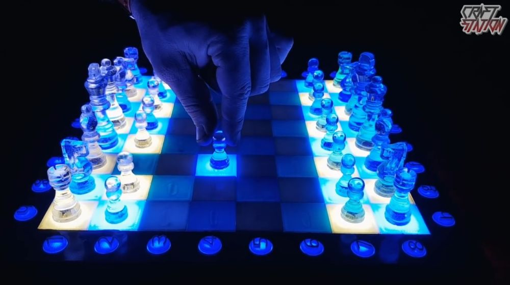 Процесс изготовления шахмат из эпоксидной смолы шаг 48