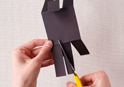Процесс изготовления Беззубика из бумаги шаг 4