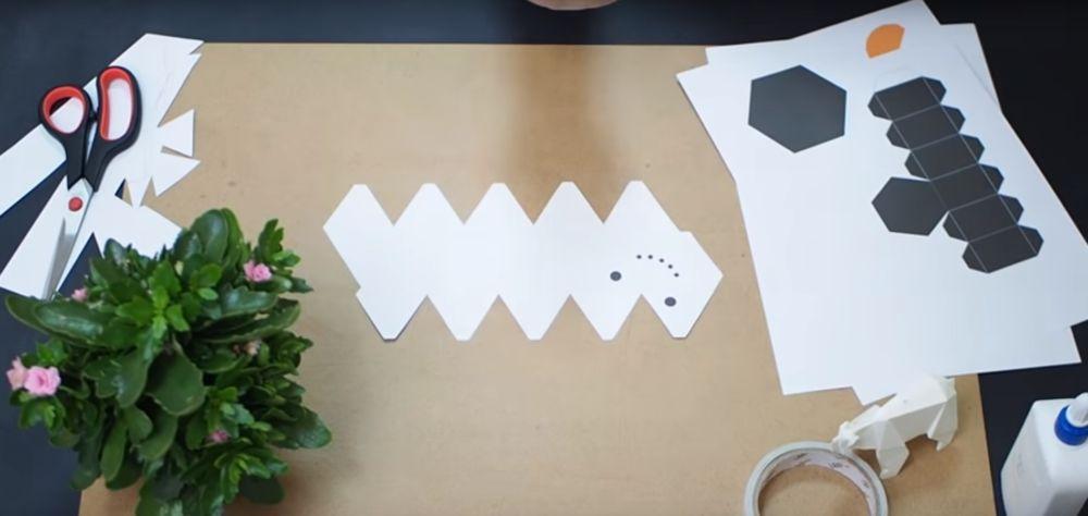 Процесс изготовления снеговика оригами шаг 5