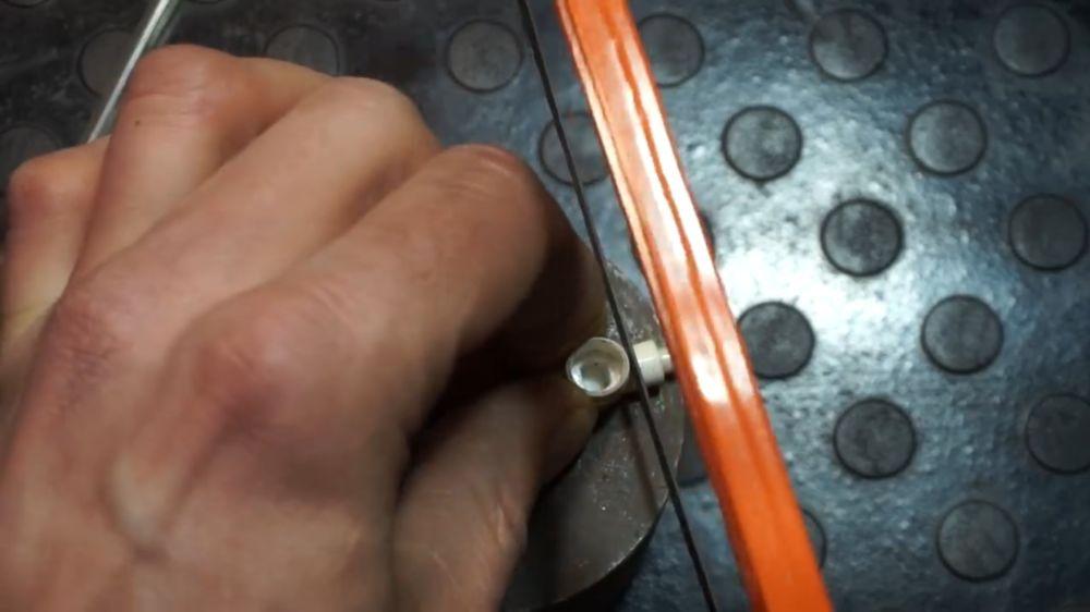 Процесс изготовления устройства для прокачки тормозов шаг 4