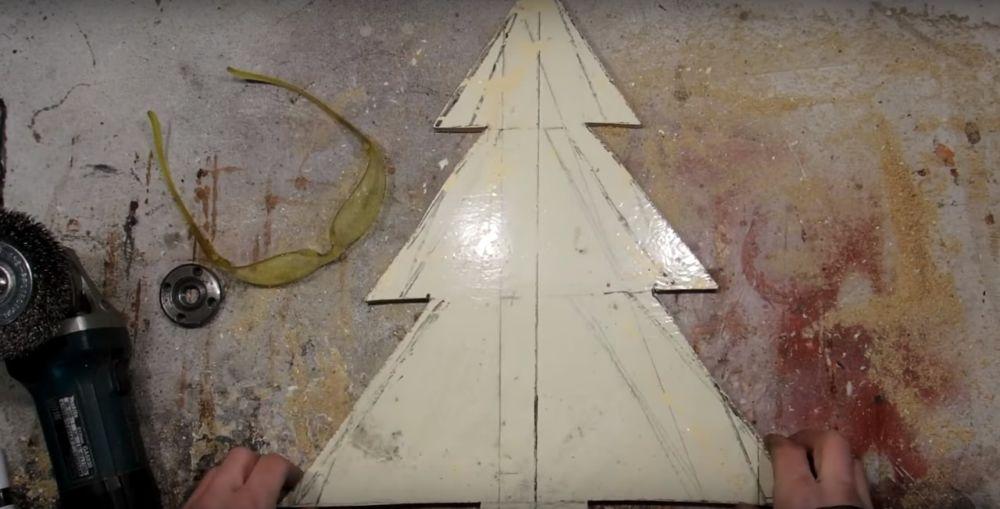 Процесс изготовления елки стимпанк шаг 5