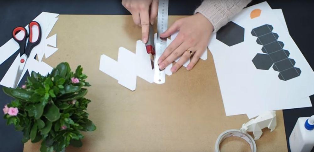 Процесс изготовления снеговика оригами шаг 6