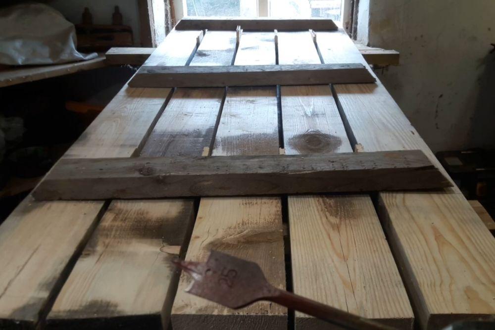 Процесс изготовления деревянного стола шаг 6