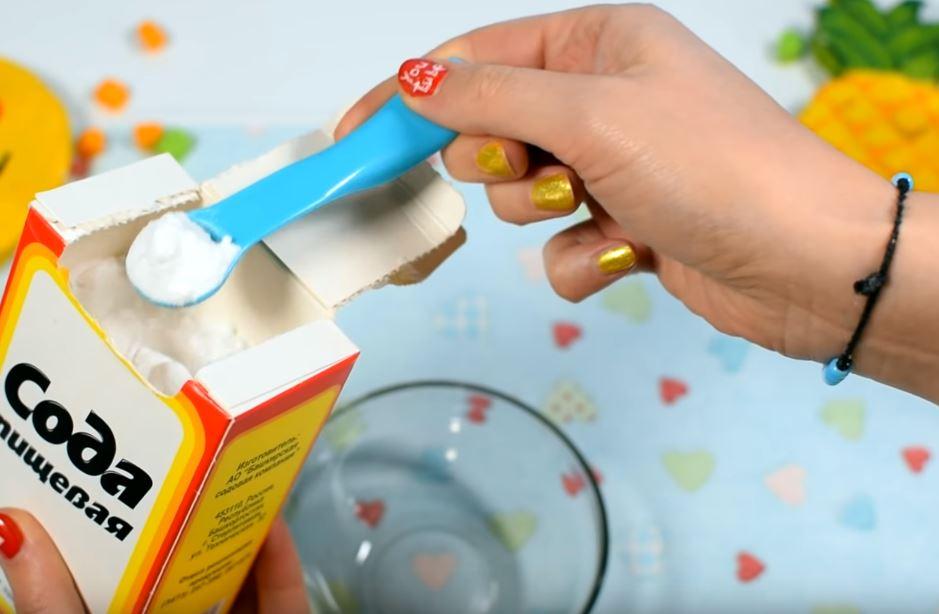 Процесс изготовления слайма из зубной пасты шаг 8