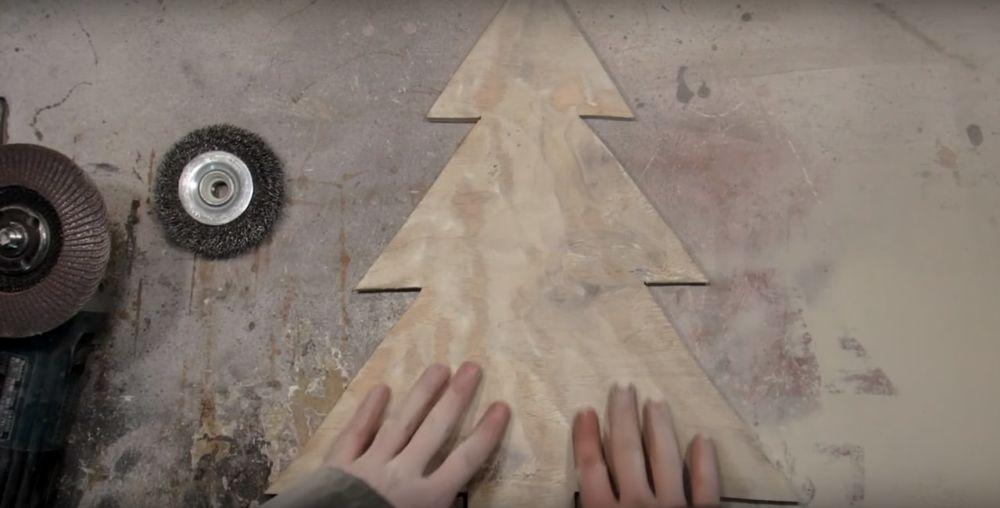 Процесс изготовления елки стимпанк шаг 7