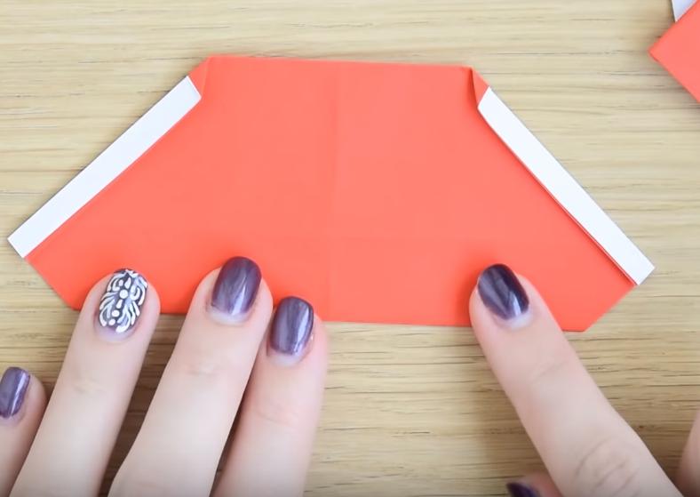 Процесс изготовления деда мороза оригами вариант 2 шаг 8