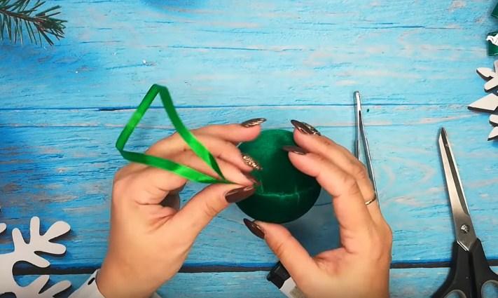 Процесс изготовления елочных шаров шаг 8