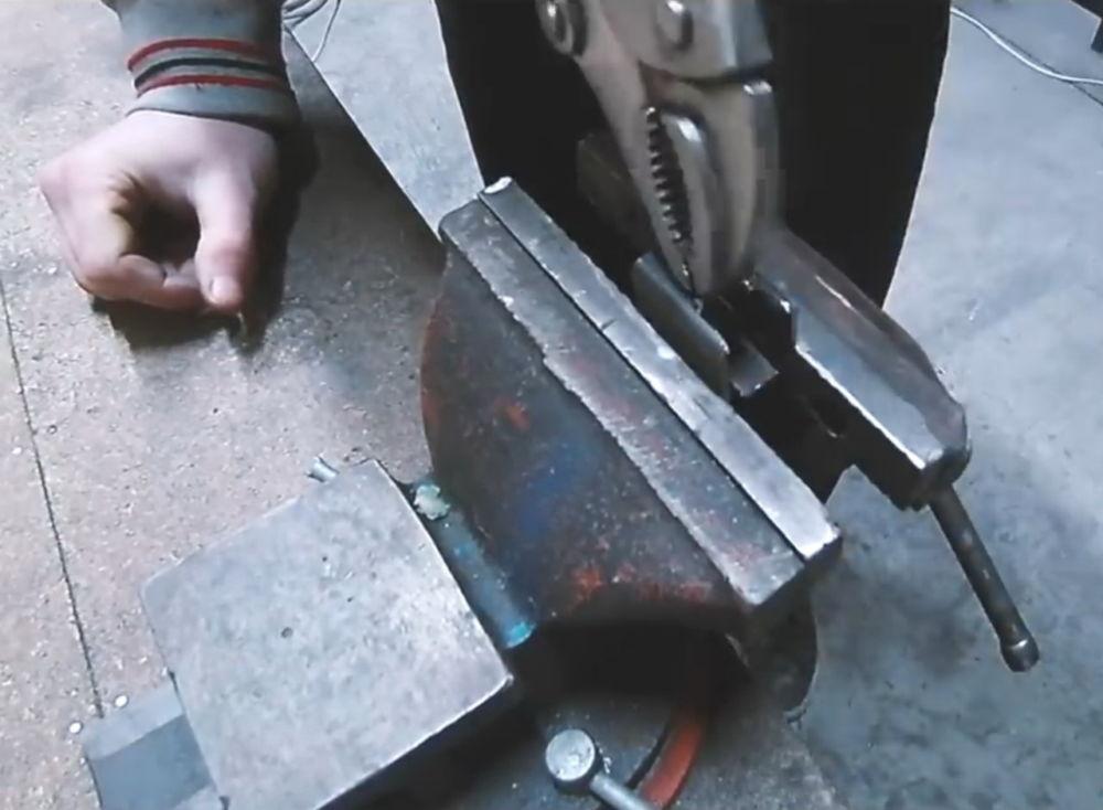 Процесс изготовления ленточной шлифовальной машины шаг 12