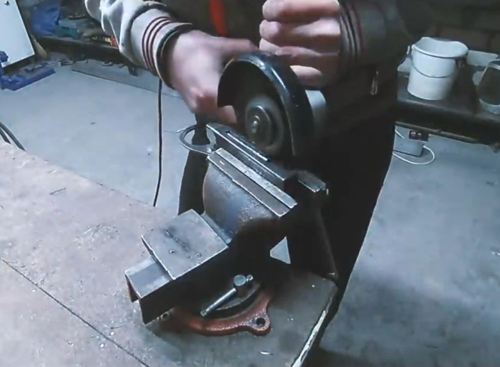Процесс изготовления ленточной шлифовальной машины шаг 16